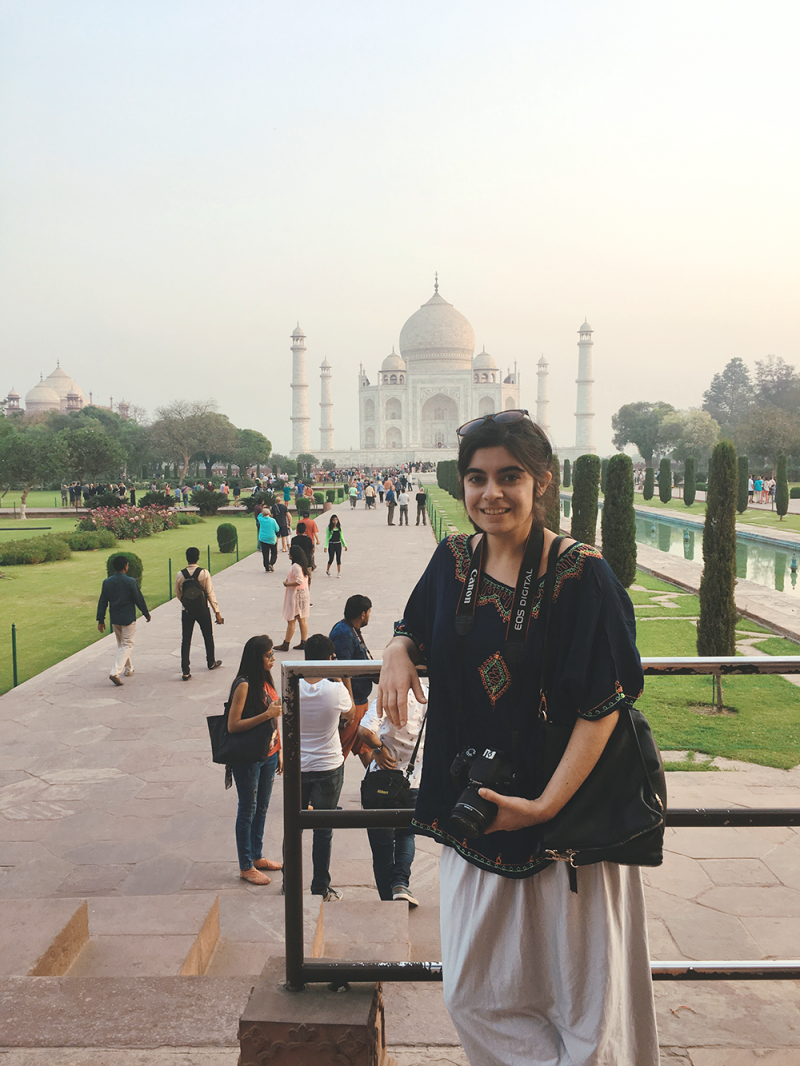 What women should wear at the Taj Mahal, India
