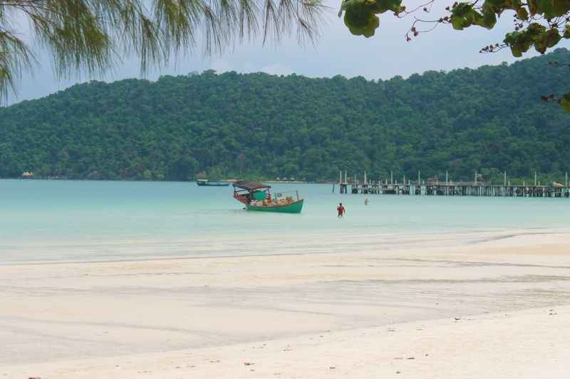cambodia koh rong sanloem beach